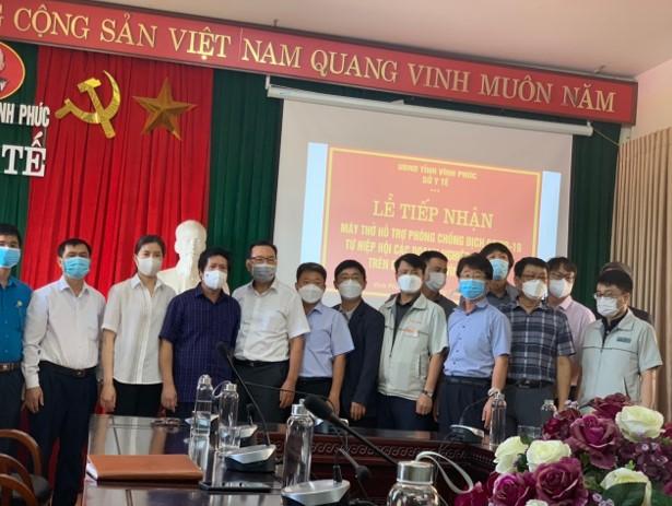 Hiệp hội Doanh nghiệp Hàn Quốc tặng máy thở cho tỉnh Vĩnh Phúc
